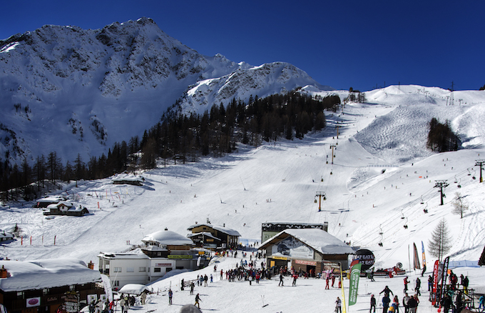 chamonix winter holiday, chamonix ski holiday, chamonix ski area, courmayeur
