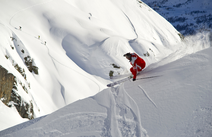 chamonix ski holiday, chamonix winter holiday, heli skiing guide to chamonix