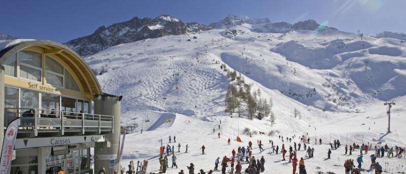 chamonix winter holiday, chamonix ski holiday, grands montets