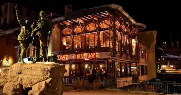 la terrasse Best Après Ski Bars in Chamonix