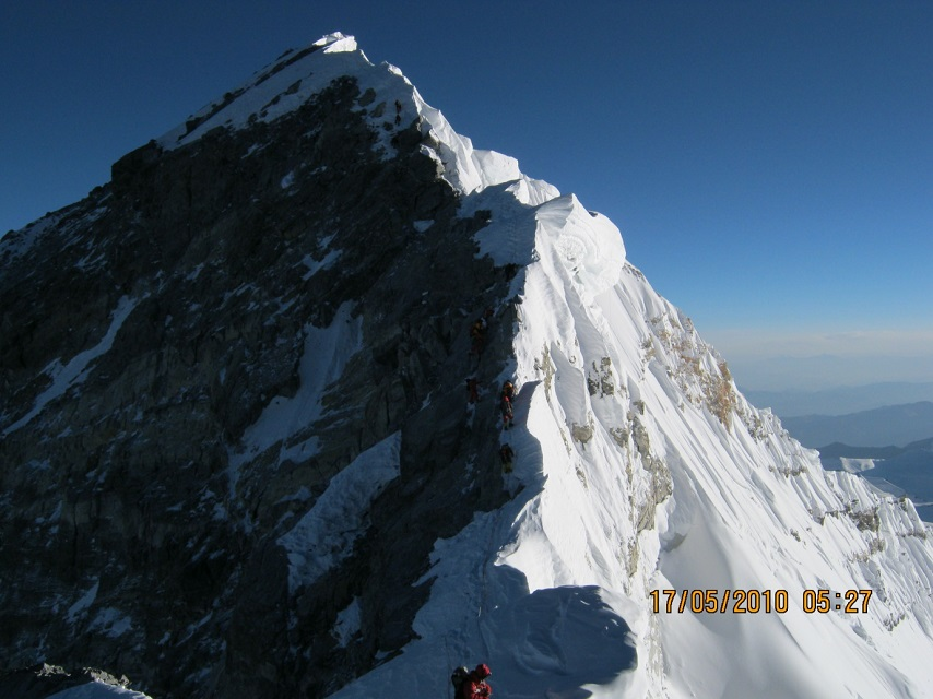 Hillary Step near the summit of Everest 2010, reportedly damaged in recent Earthquakes in Kathmandu between 2015 and 2017 Kilian Jornet Everest Source: https://commons.wikimedia.org/wiki/File:Hillery_Step_near_Everest_Top.JPG