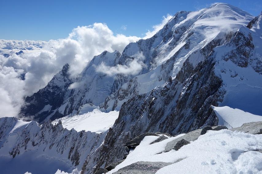 photo-credit-uphill-athlete-3-854x569 mountaineering training Chamonix