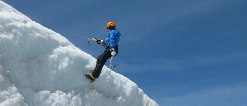 kerry-ice climb-854x367 extreme sports in Chamonix