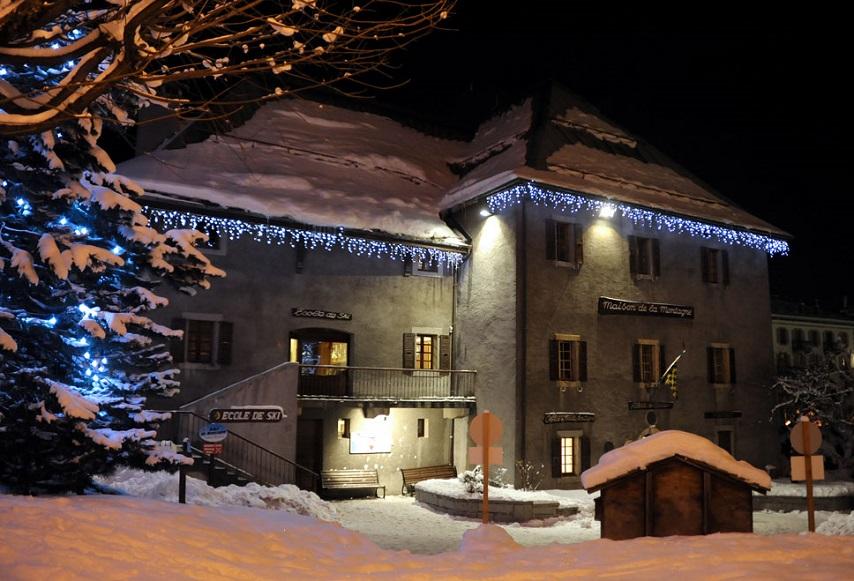 maison-de-la-montagne-854x581 Chamonix Mountain Rescue