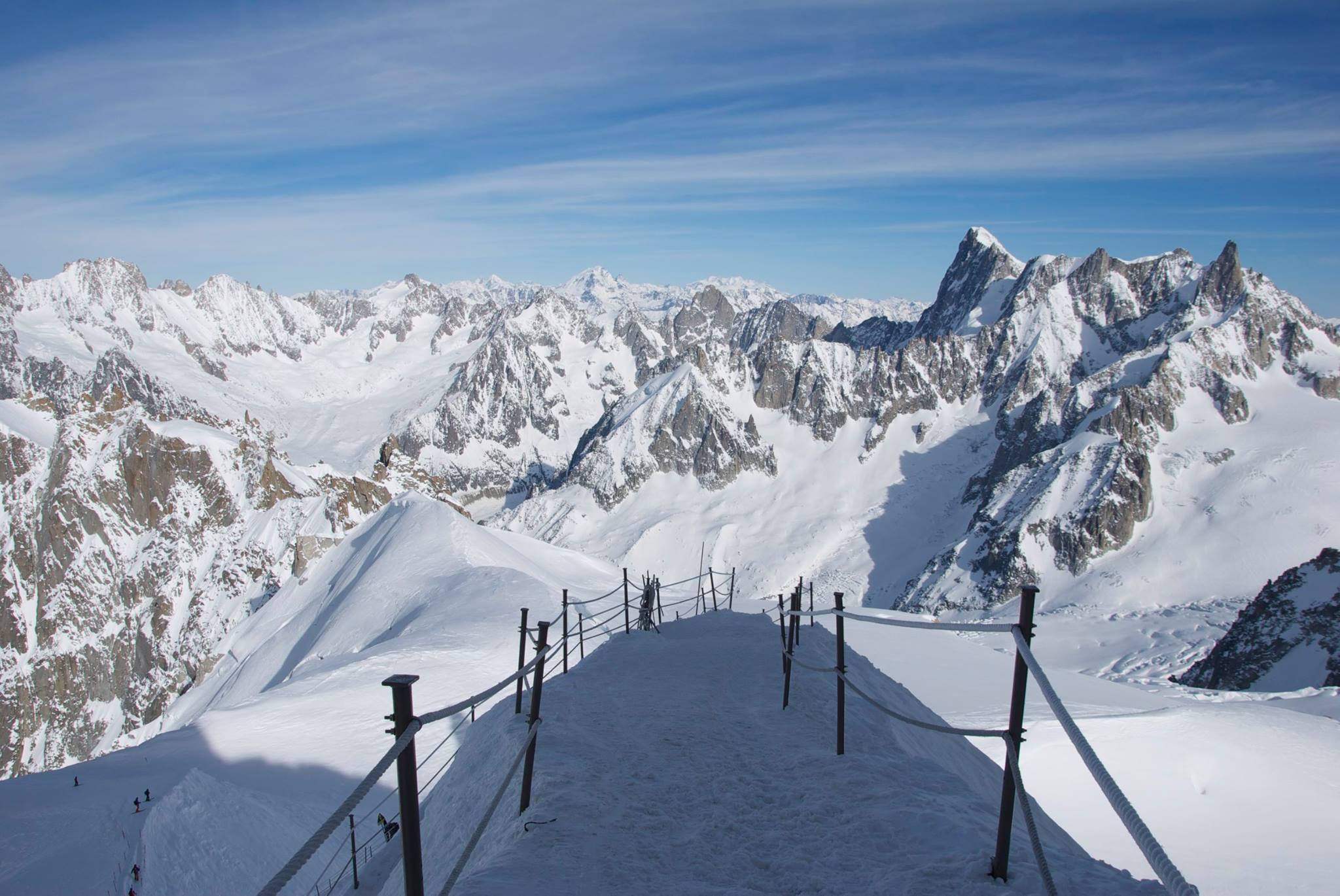 kirsteen-vallee-blanche-arete skiing in Chamonix