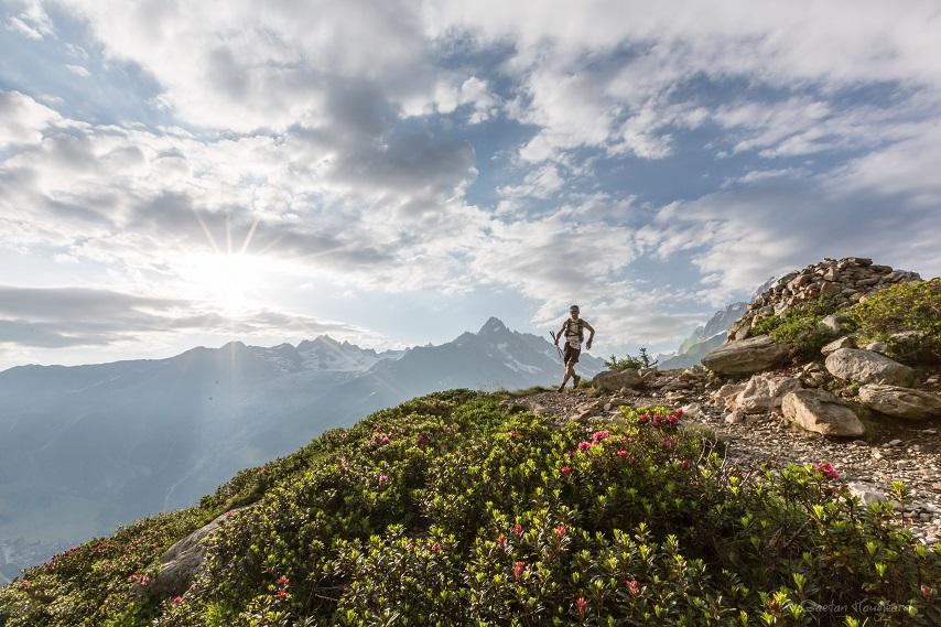_d3a2581_80km_montblanc_copyright_gaetan_haugeard-854x569 Chamonix Marathon du Mont Blanc