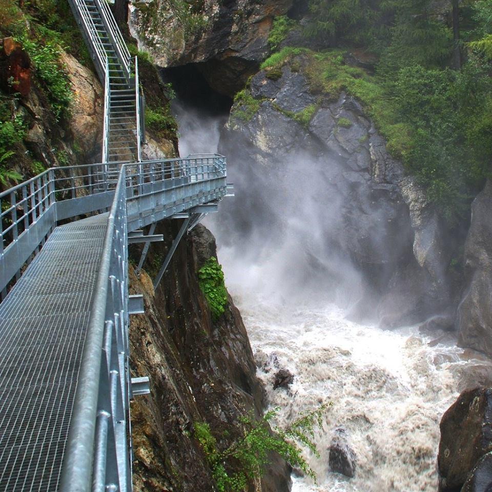 Cascade de Bérard waterfall © Cascade à Bérard