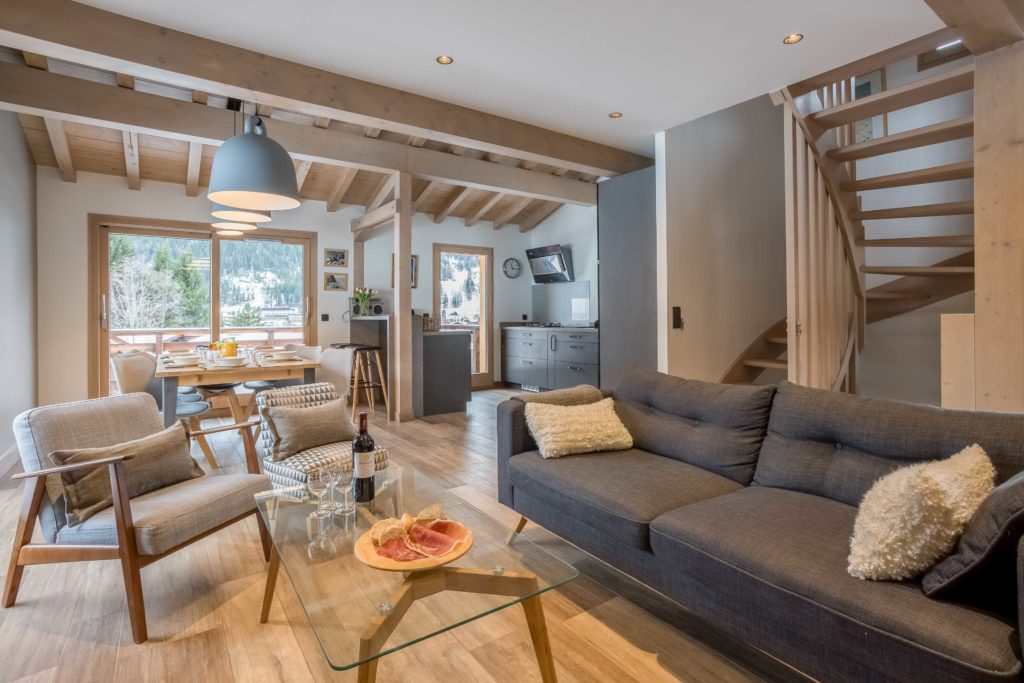 Chamonix accommodation Chalet de l'Ours #bookdirect 2019