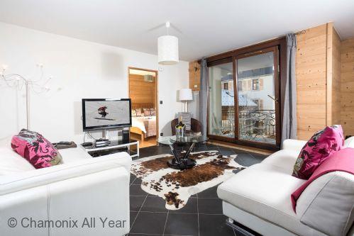 Le Paradis 24 Apartment - Lead Image